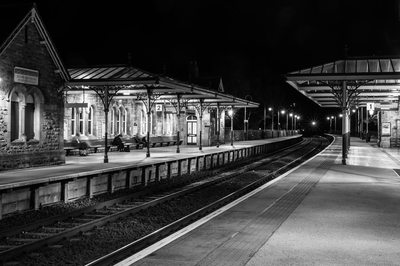 Waiting for the night train ©Nick Thorne, Bodian Photography